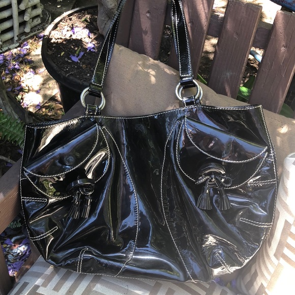 Anya Hindmarch Handbags - Anya Hindmarch Black Patent Leather handbag